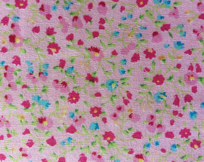 High quality cotton poplin, small floral print on pink