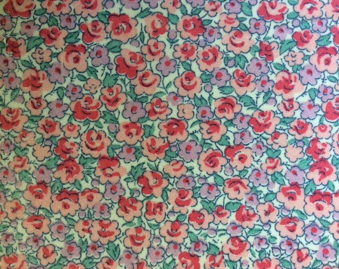 English Pima lawn cotton fabric, priced per 25cm. Flowers on ivory