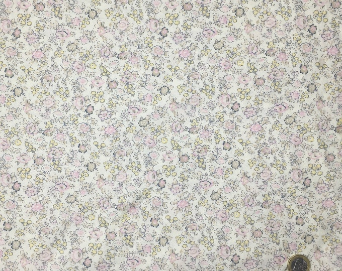 English Pima lawn cotton fabric, Mist