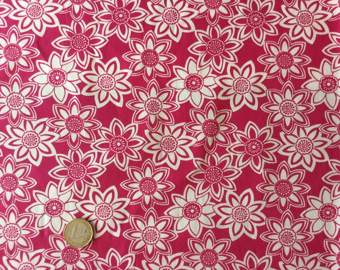 High quality cotton poplin, vintage floral print on hot pink