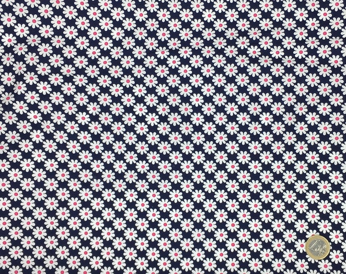 High quality cotton poplin, daisies on navy