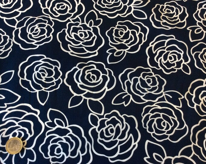 High quality cotton poplin, retro roses print on navy