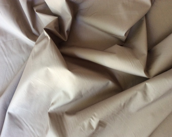 High quality cotton poplin dyed in Japan. Brown beige no23