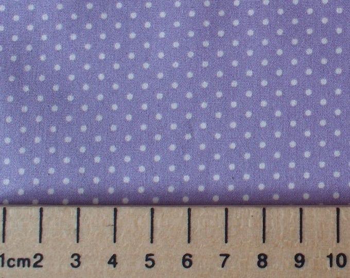 High quality cotton poplin, polka dots on pastel violet