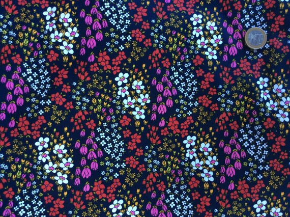 High quality cotton poplin, floral print on dark navy