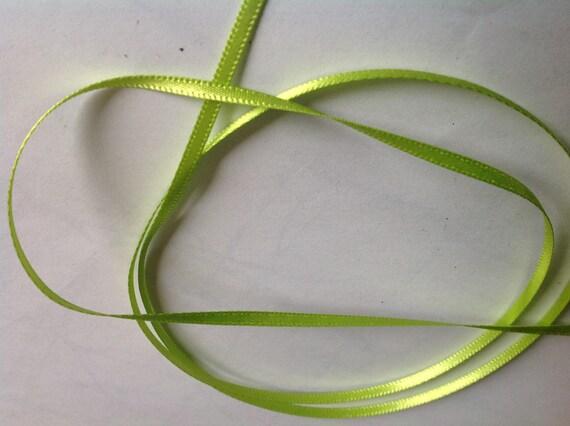 Double sided sateen ribbon, apple green