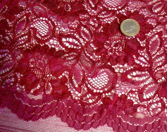 Scalloped edged lace fabric, raspberry