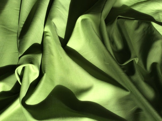 High quality cotton lawn dyed in Japan. Green no51
