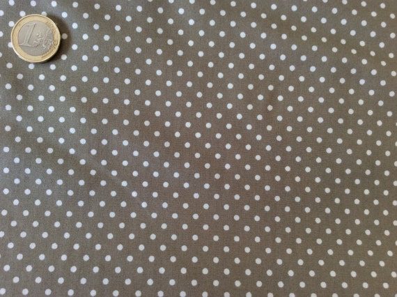 High quality cotton poplin dyed in Japan with 3mm polka dots nr24