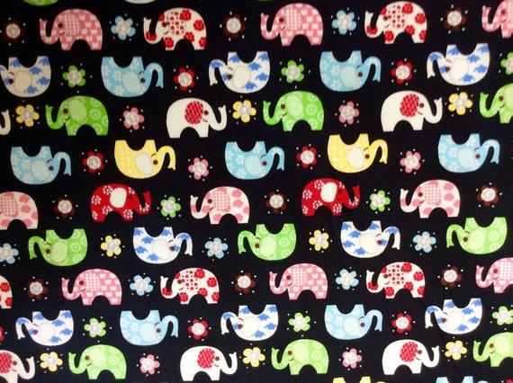 High quality cotton poplin, elephants on black
