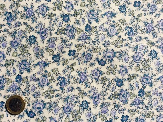 English Pima lawn cotton fabric, priced per 25cm. Blue old roses
