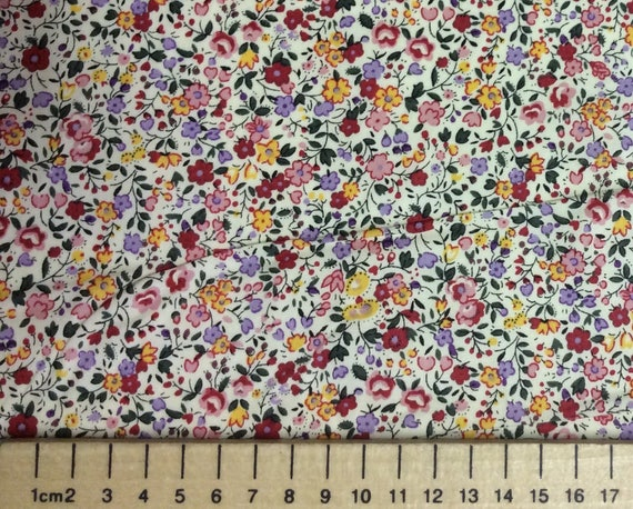 High quality cotton poplin, red and pink floral print