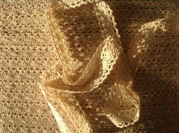 Beige cotton lace trim