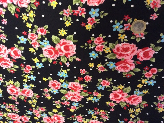 High quality cotton poplin, roses in black