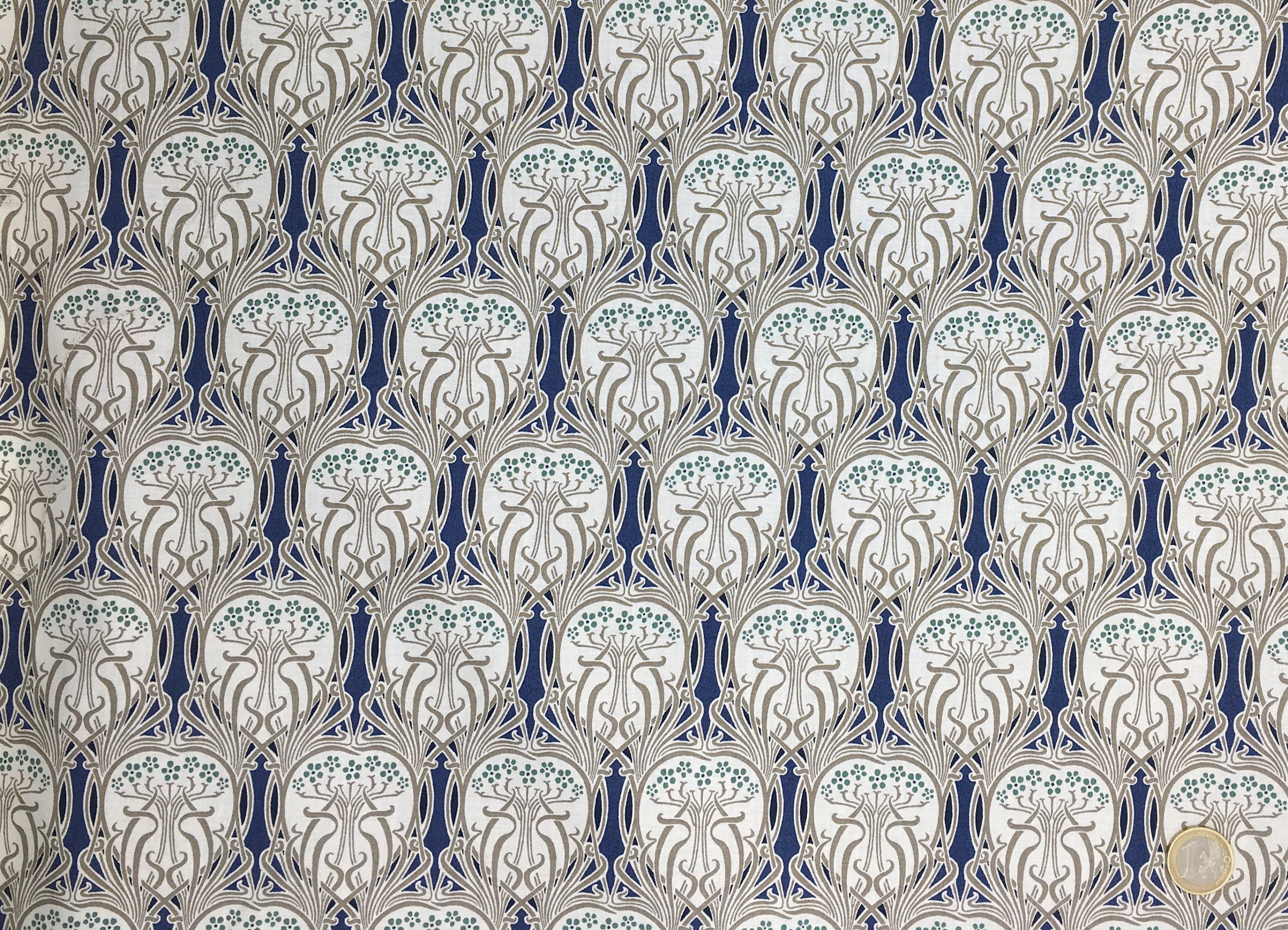 jugend style English Pima lawn cotton fabric priced per 25cm