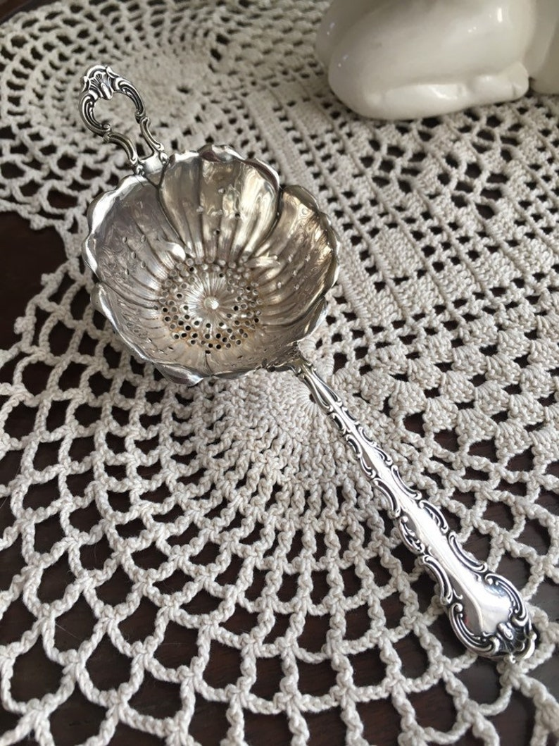 Gorham Collectible Sterling Silver Flower Cup Tea Strainer