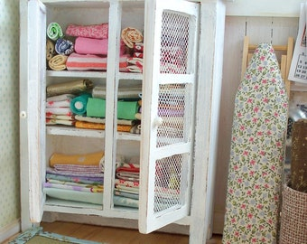 1:12 Scale Dollhouse Fabric Cupboard with Assorted Fabric STASH