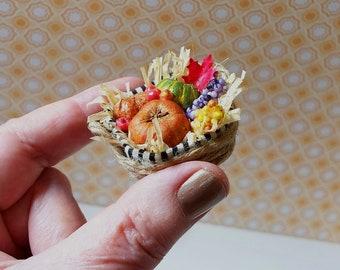 Seasonal *Autumn Harvest Basket* in Miniature 1:12 Scale for Dollhouse Room Box & Diorama Decoration