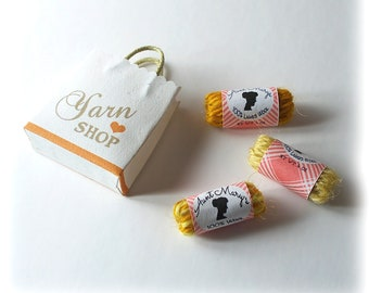 1:12 Scale Yarn Skeins & Shop Bag for Doll House Decor Mini Haberdashery and Room Box Displays