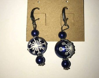 Handmade Christmas holiday earrings blue and white snowflakes