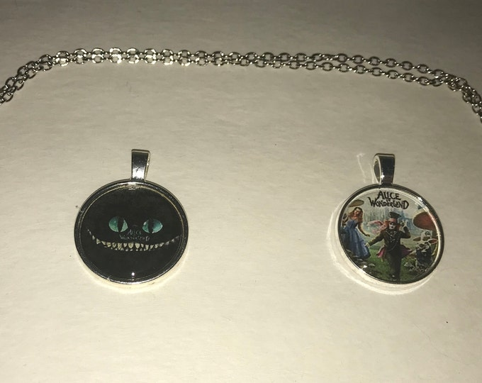 Alice in Wonderland Pendant necklace Cheshire Cat