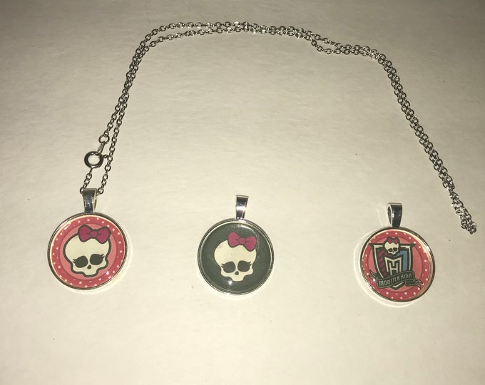 Monster High Pendant necklace Skull Pink and Black