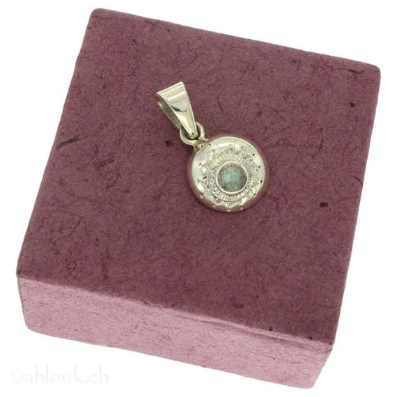 Come Si Fa Un Regalo Su Ask.Sterling Silver Pendant With Semiprecious Stone And Engravings