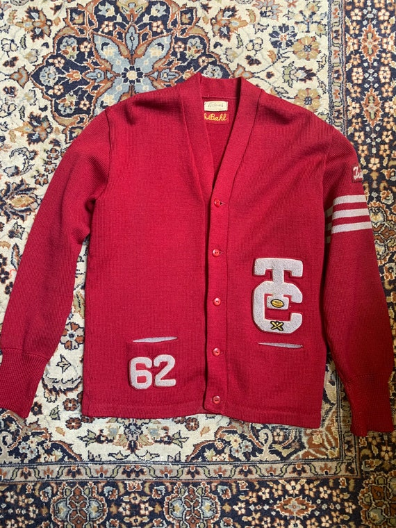 1962 collegiate wool sweater in burgundy!