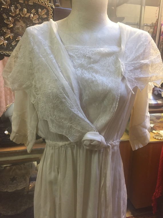 Potentially bridal: Edwardian coquette lace dress