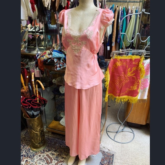 Luxurious 1930s silk satin pajama set in peach! L… - image 5