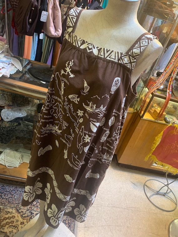 Fun 1960s home-made hawaiian print dress! Size lar