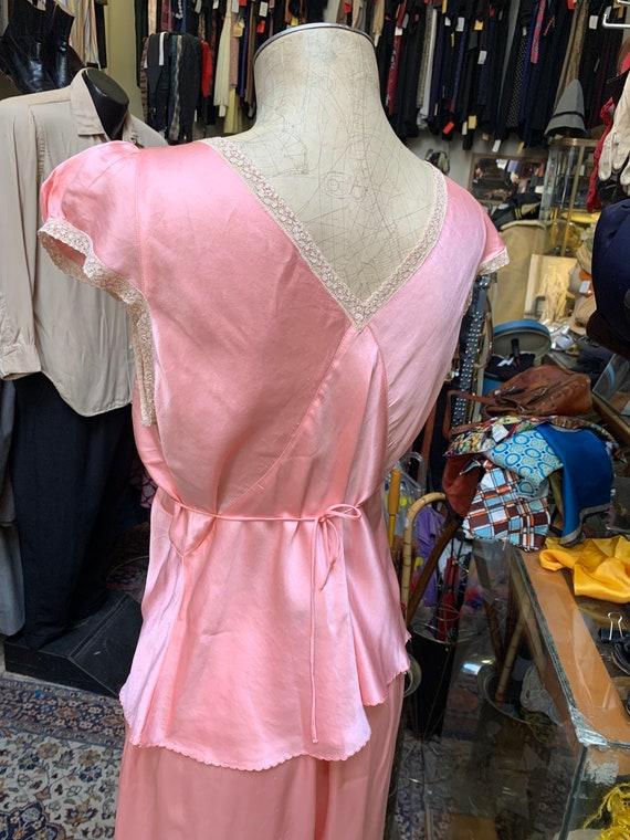 Luxurious 1930s silk satin pajama set in peach! L… - image 7