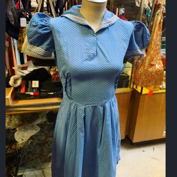 Sweetest ultra puff sleeve 1930s dress in blue!