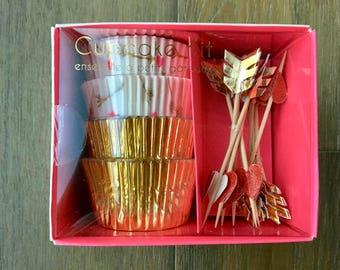 Meri Meri Cupcake Kit ( Hearts and Arrows)
