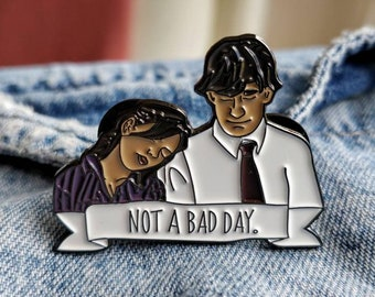The office, Jim and Pam Pin/Badge