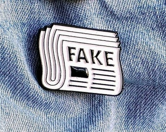 Fake News Pin/Badge