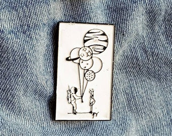 Astronaut Love Pin/Badge