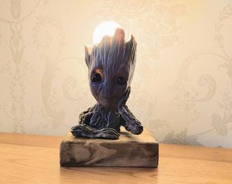 Thinking Groot Lamp