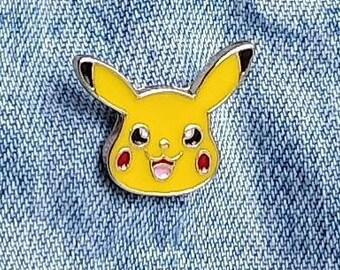 Pikachu Pokemon Pin/Badge