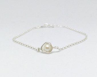 Pearl bracelet, 925 sterling silver pearl bracelet, white pearl bracelet, freshwater pearl bracelet, dainty pearl bracelet, pearl jewelry