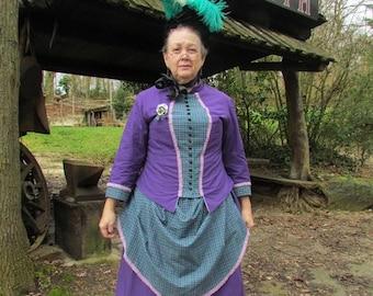 e5bd1449b1e A LA COMMANDE robe 1880 robe victorienne robe à tournure robe à faux  cul 1880s dress Bustle dress victorian dress