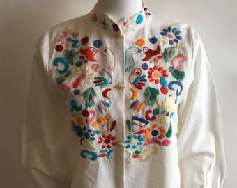 1960s Top / Ethnic / Embroidered / M