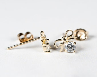 Details about  /14K Yellow Gold Bow Stud Post Earrings MSRP $100