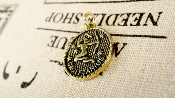 Zodiac Gemini charm gold vintage style pendant jewellery supplies C228