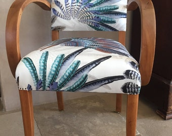 Chair wooden bridge and fabric feathers