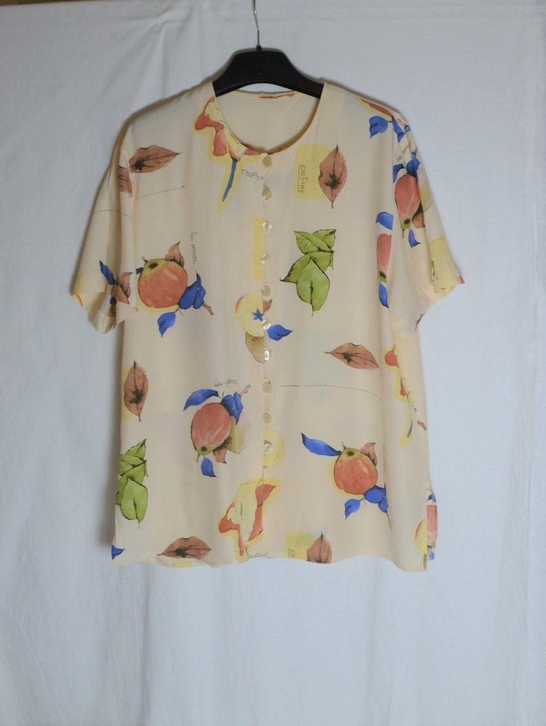 Vintage Women Blouse Shirt Size L Beige Green Blue Plants Leaves Apples Print Short Sleeve Shirt Button Pastel Colors Summer Viscose Top