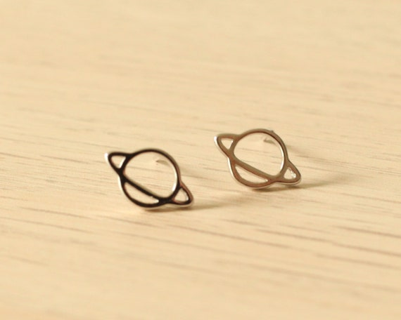 Girls Planet delicate Ear Studs 925 Sterling Silver