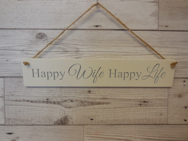 Happy Wife Happy Life Housewarming Family Loved ones image 0