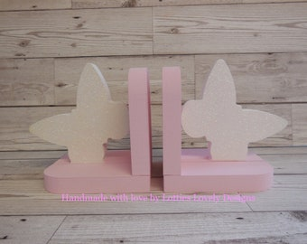 Girls Bookends, Hand painted Butterfly bookends, Nursery display., Children's bedroom, Bedroom decor display, glittery bookends, library