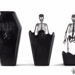 Coffin Skeleton Candle - Halloween Candles - Creepy Candles - Halloween Decor - Fall Candle - Halloween Decorations - Horror Decor - Goth